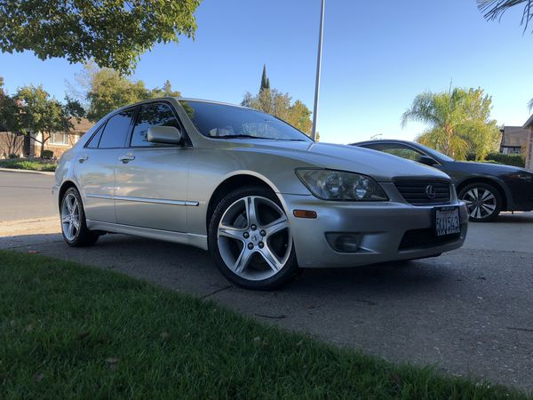 b80c88c86539 2005 Lexus is300 clean title with low miles! for Sale in Oakley