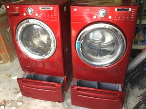 Tromm electric washer with steam fresh and lp propane gas dryer with dual humidity sensor for Sale in Linden, VA