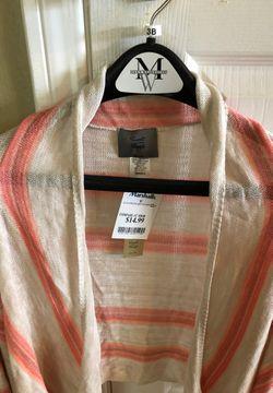 Lightweight - brand new sweater Thumbnail