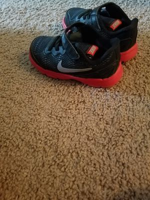 Free Nike shoe - moving out Asap for Sale in Richmond, VA