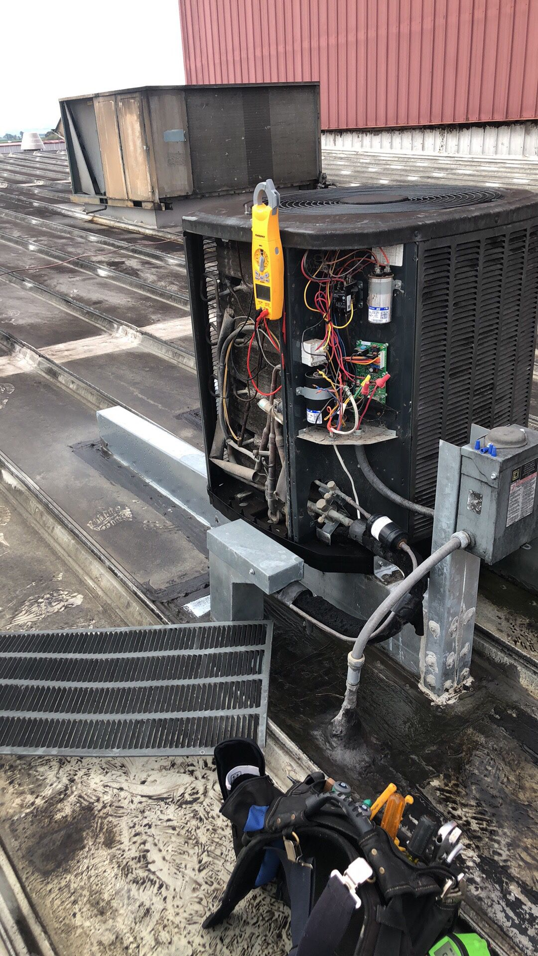 HEATERS & AIR CONDITIONING REPAIR AND REPLACEMENT