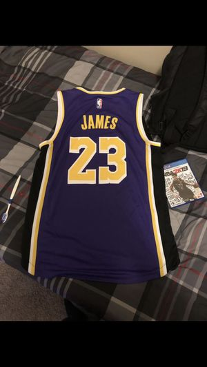 74a12e5e3dd Lebron James jersey Los Angeles lakers for Sale in Charlotte, NC