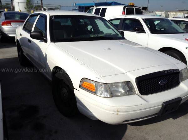 Ford Crown Victoria P Part Out Crown Vic For Parts For Sale In Miami Fl Offerup