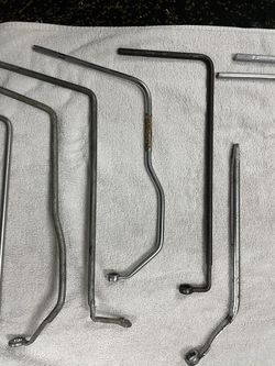 Price Cut Mechanics Distributor Wrenches 14 Of Them  Thumbnail