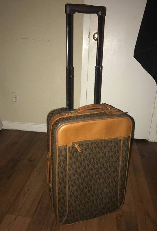 f84fd042ac41 Mk suitcase for Sale in Houston, TX - OfferUp