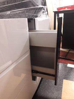 New dresser (open box just to display it) Thumbnail