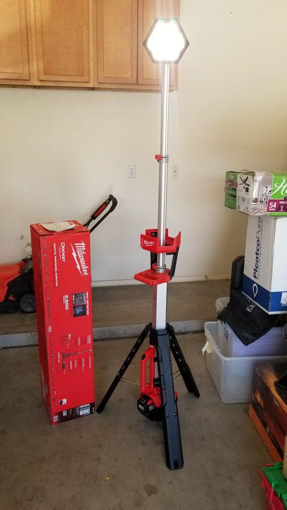 Milwaukee LED Rocket Light Stand for Sale in Gilbert, AZ - OfferUp