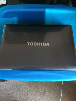 "Toshiba Laptop wind 7"". Refurbished for Sale in Lincolnia, VA"