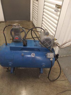 Photo Dayton speedaire air compressor