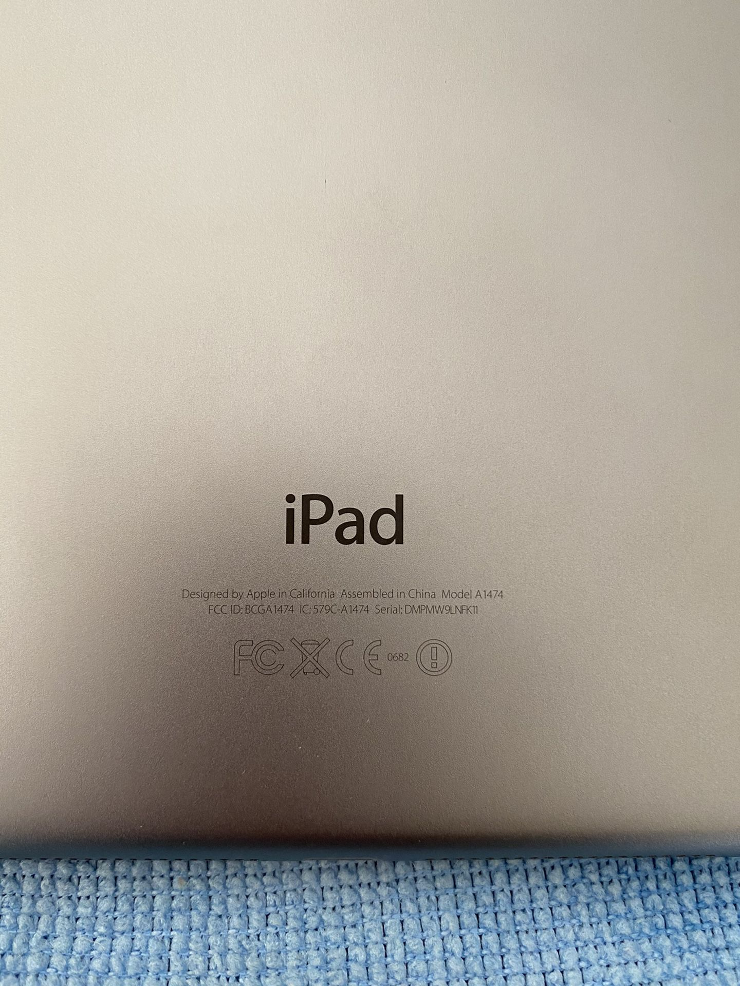 iPad Air 32G Wi-Fi Only Space Gray