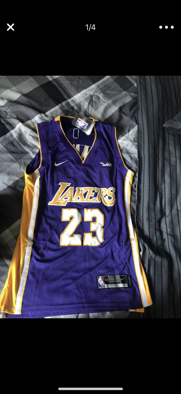 ca2296b8993 Lebron James Lakers jersey Small men for Sale in Bolingbrook