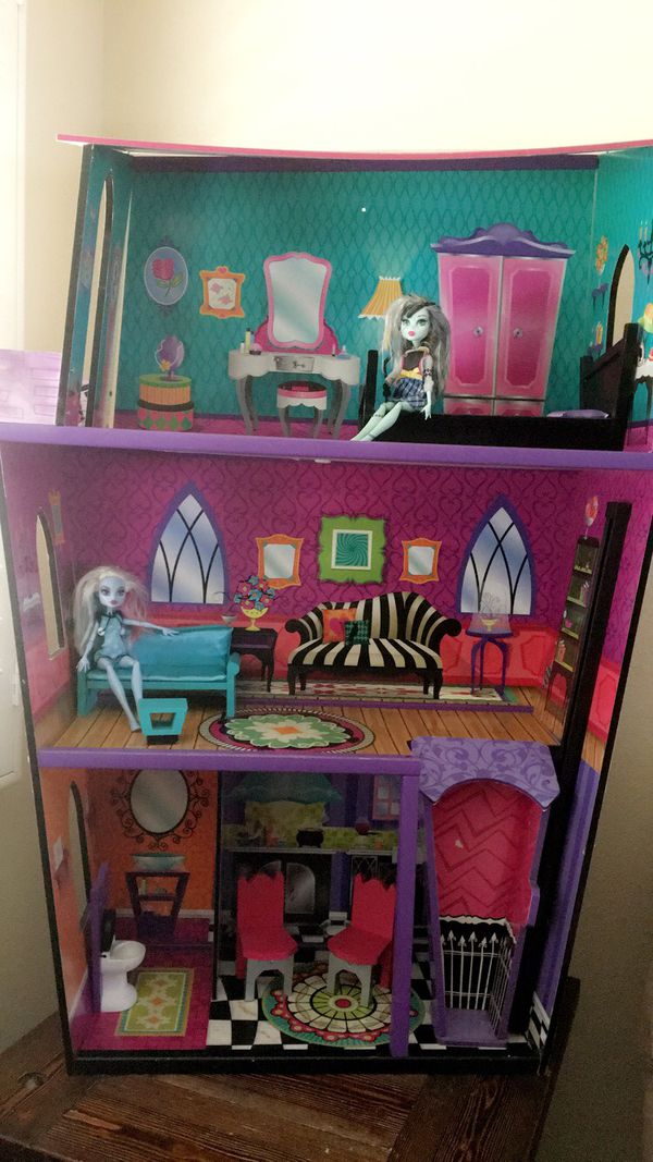 Monster High Doll House 30 For Sale In Westminster Ca Offerup