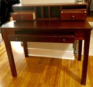 Desk for Sale in Seattle, WA