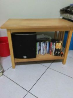 Wooden Table ( used it for plasma T.V) Thumbnail