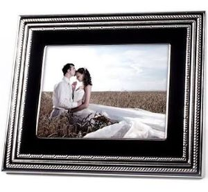 Vera Wang Digital Photo Frame -New $45 for Sale in Bakersfield, CA