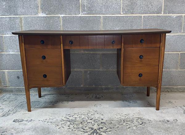 Flanders Mid Century Modern Desk For Sale In Hackettstown Nj Offerup