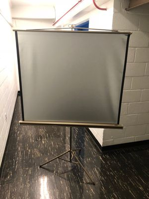 Vintage Da-Lite projection screen In great condition. for Sale in Washington, DC