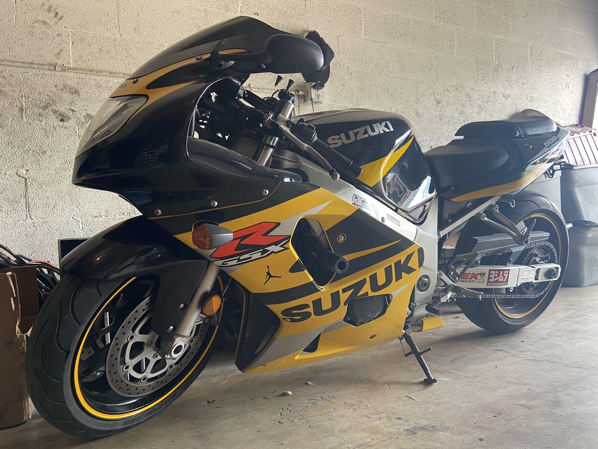 Photo 2002 Suzuki Gsxr 600