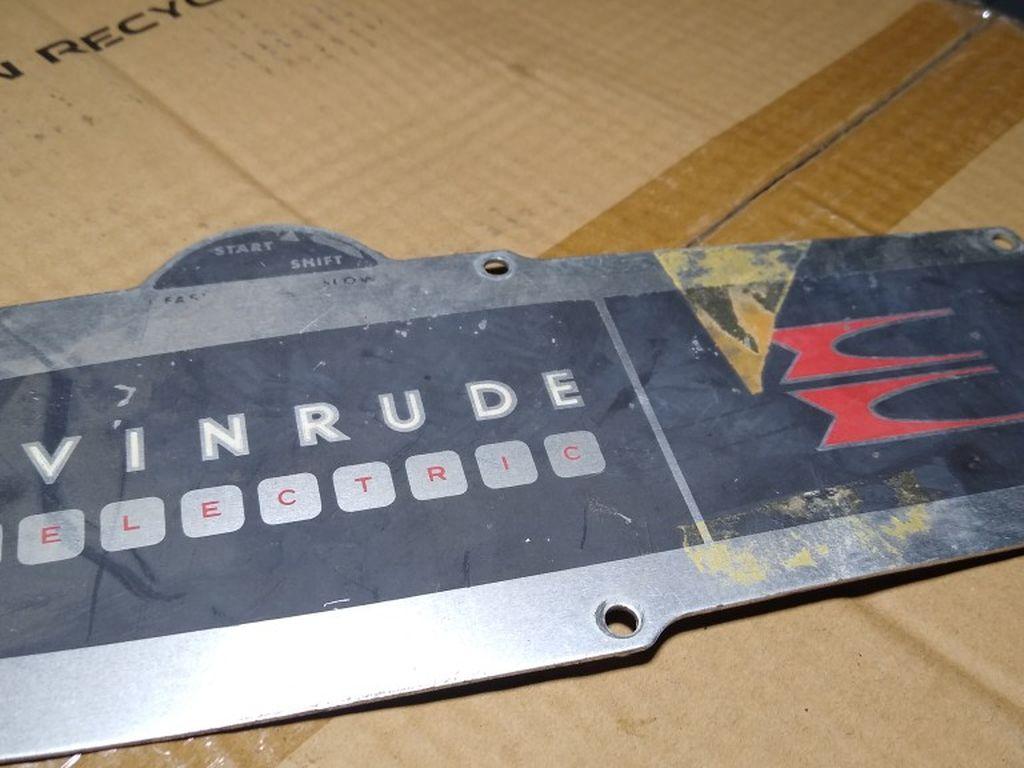 Photo Evinrude vintage boat plate