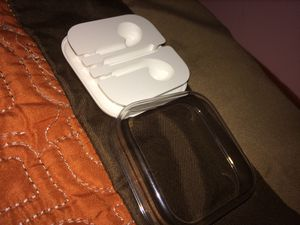Apple earbuds case for Sale in North Springfield, VA