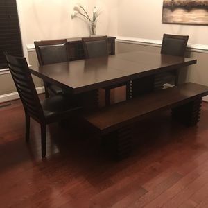 Large dining room table. SEATS 7! With matching server! Brand new. Paid 2.2k for Sale in Severn, MD