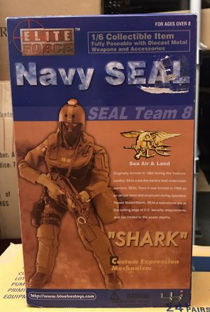 """Elite Force Navy Seal Team 8 """"Shark"""" from Blue Box Toys #34221. The 1/6 Scale 12"""" Fully Articulated Action Figure is still new in the box with all th for Sale in Pembroke Pines, FL"""