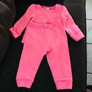 Pink 2pc sweats 12months for Sale in Glendale, AZ