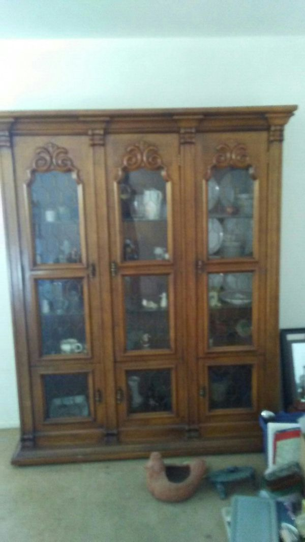 - ANTIQUE SOLID CHERRY CHINA CABINET