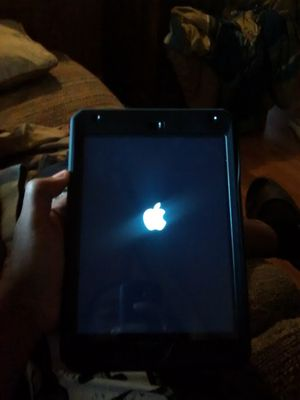 Mini 4 iPad came out December 2017 for Sale in Farmville, VA