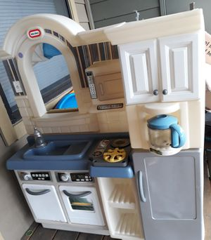 Photo Little tikes inside/outside cook n grill kitchen (double sided