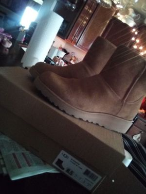 UGGs Kirstin for sale  Skiatook, OK