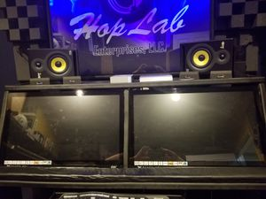 """$1200.00- Dual 27"""" Slate Raven MTi2 touch screen workstation or $900 EACHw for Sale in Boyds, MD"""