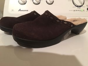 Used, Size 9.5 9-1/2 UGGS Suede & Fleece CLOGS MULES SLIP-ONS for sale  Tulsa, OK