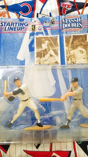 Duo figures baseball for Sale in Davenport, FL