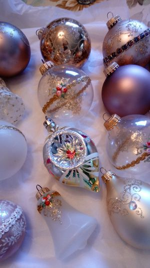 Set of 12 vintage glass Christmas ornaments. Shiny brite, west germany and more for Sale in Colton, CA