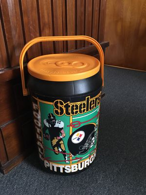 STEELERS BEER COOL! PERFECT FOR TAILGATING! for Sale in Natrona Heights, PA