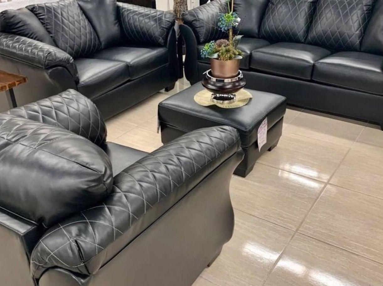 Betrillo Black Living Room Set (SOFA and LOVESEAT