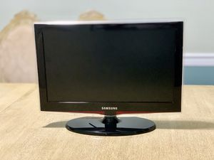 "19"" Samsung 720p TV for Sale in Alexandria, VA"