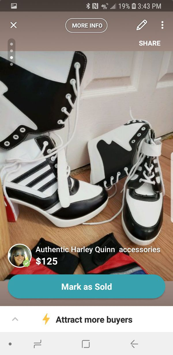 6fab5db231333a Authentic suicide squad Harley Quinn accessories for Sale in Oak Grove