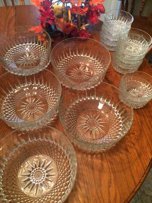 All This! Aroroc Starburst Serving Bowls for Sale in Mount Dora, FL