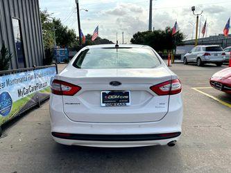 2014 Ford Fusion Thumbnail