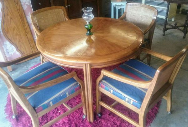 Drexler Heritage Dining Table W Roller Chairs Furniture In Indianapolis IN