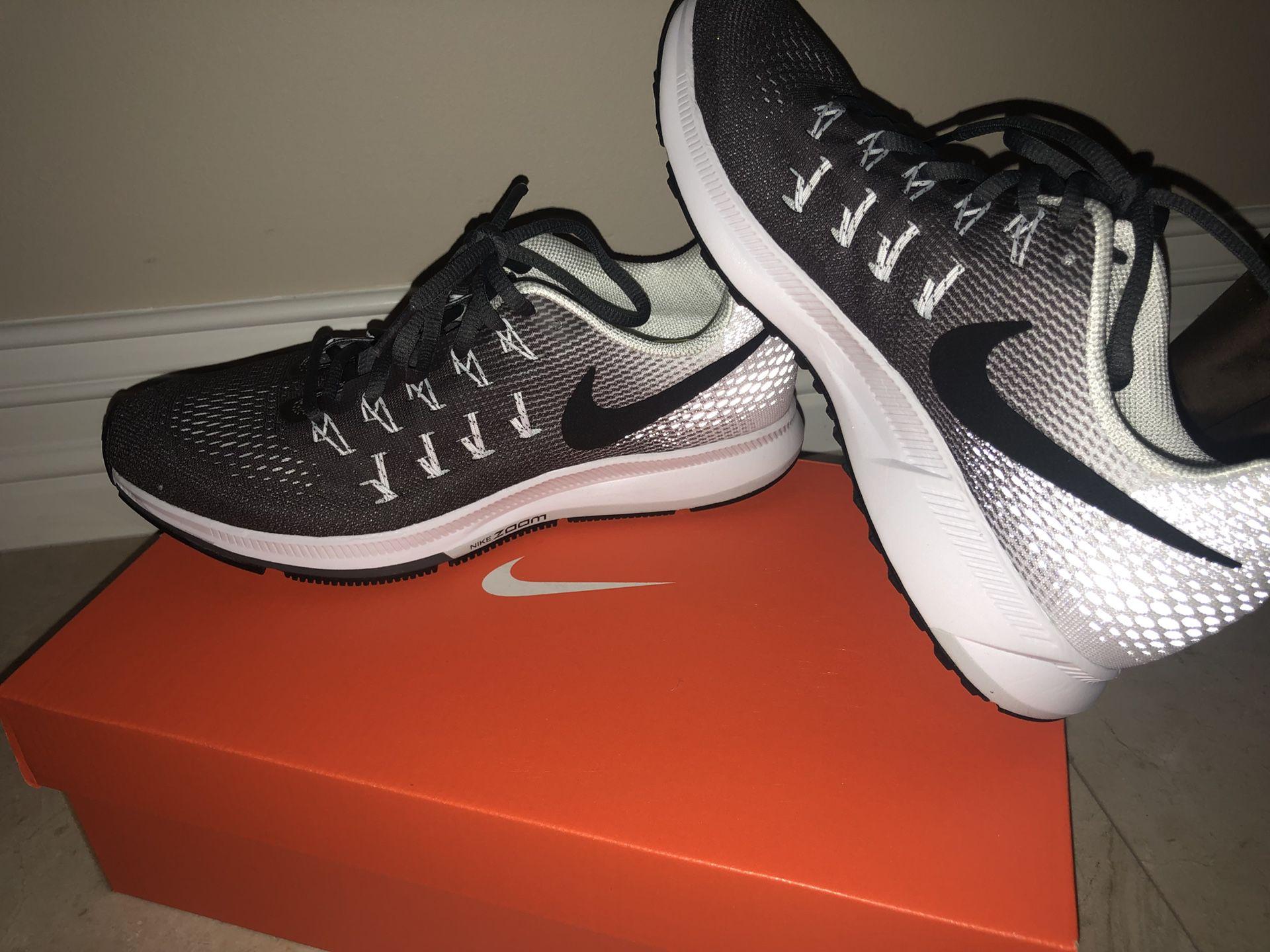 Women's Nike air zoom running/training shoes