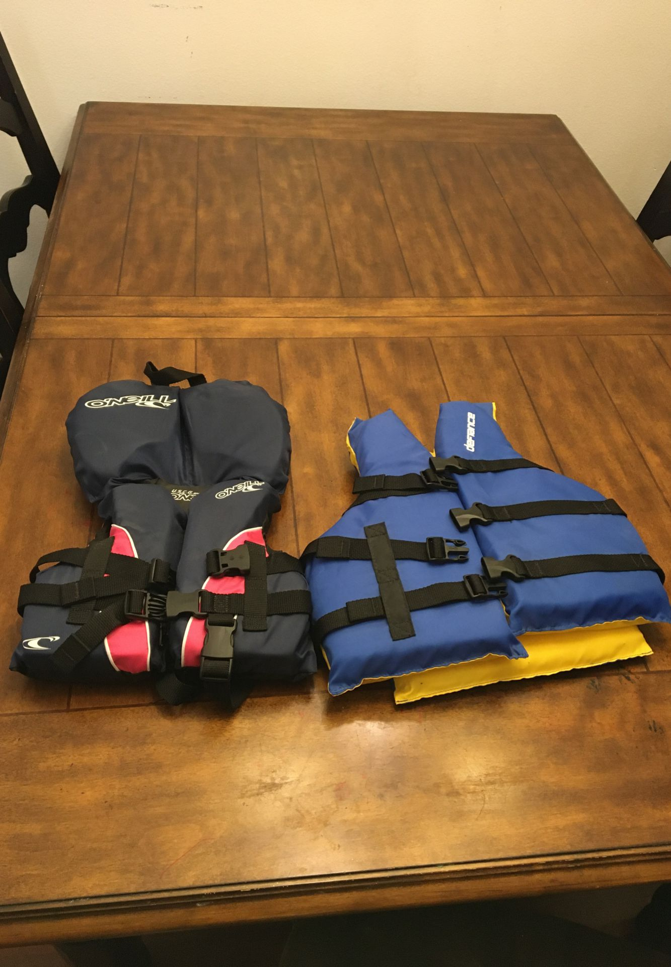 Two youth life vest