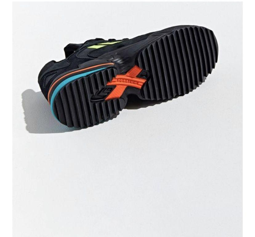 Adidas size 9 brand new