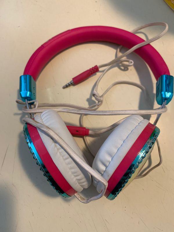 3c2765c9b04 Jojo siwa headphones for Sale in Ontario, CA - OfferUp