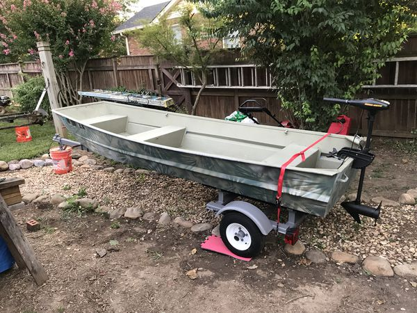 12 ft Jon boat flat bottom great condition for Sale in Nashville