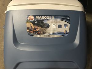 Igloo Maxcold Island Breeze Roller Cooler for Sale in Washington, DC