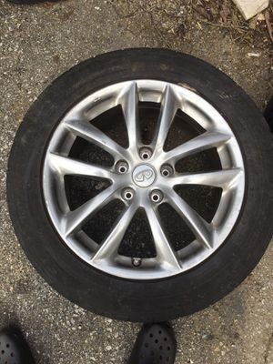 Auto parts tires infinity 225/55R17 for Sale in Capitol Heights, MD