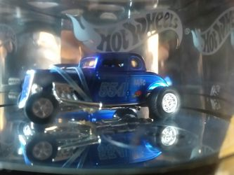 Hot wheels 1 of 3000 autographed /signed Thumbnail